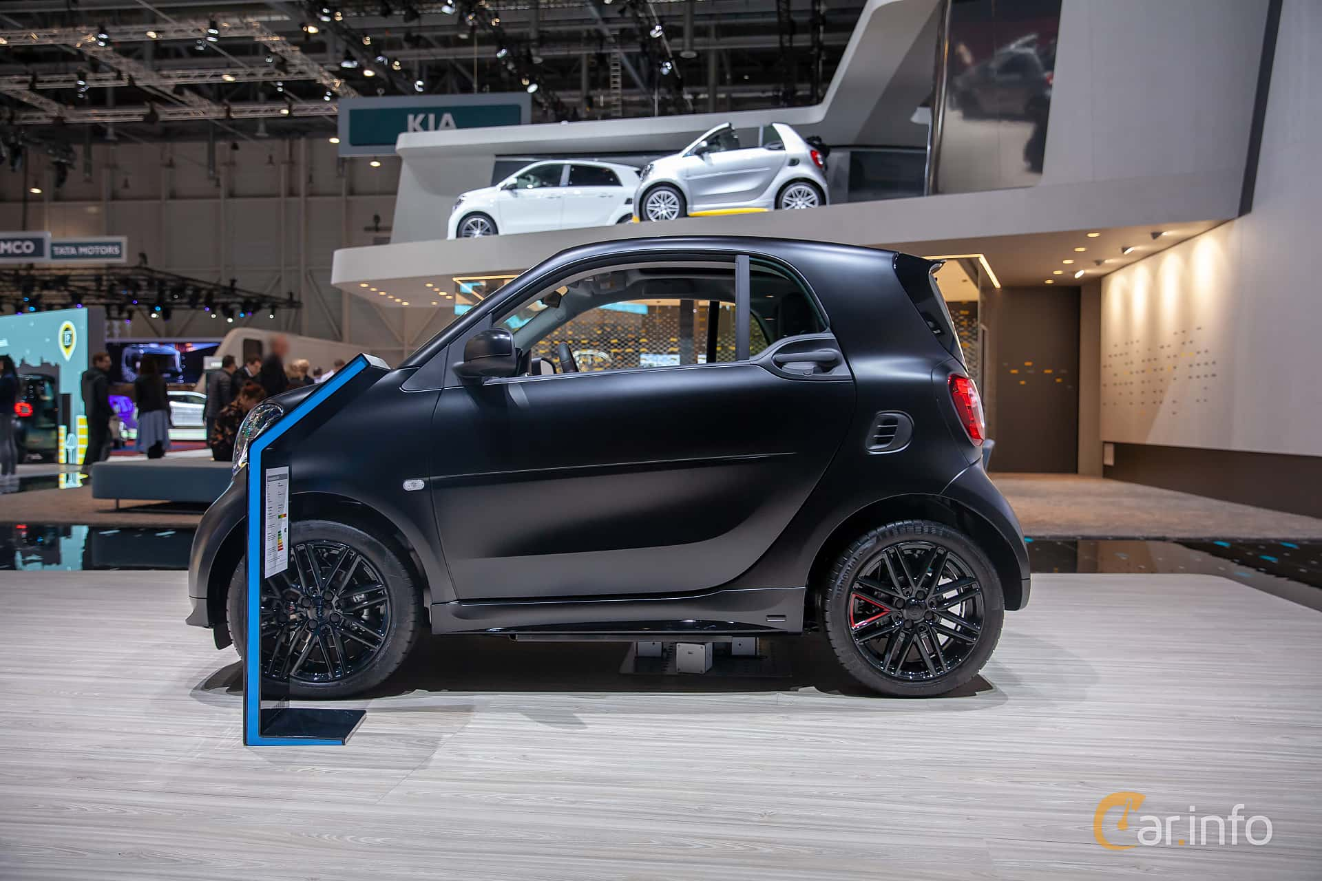 Side  of Smart fortwo electric drive 17.6 kWh Single Speed, 82ps, 2019 at Geneva Motor Show 2019