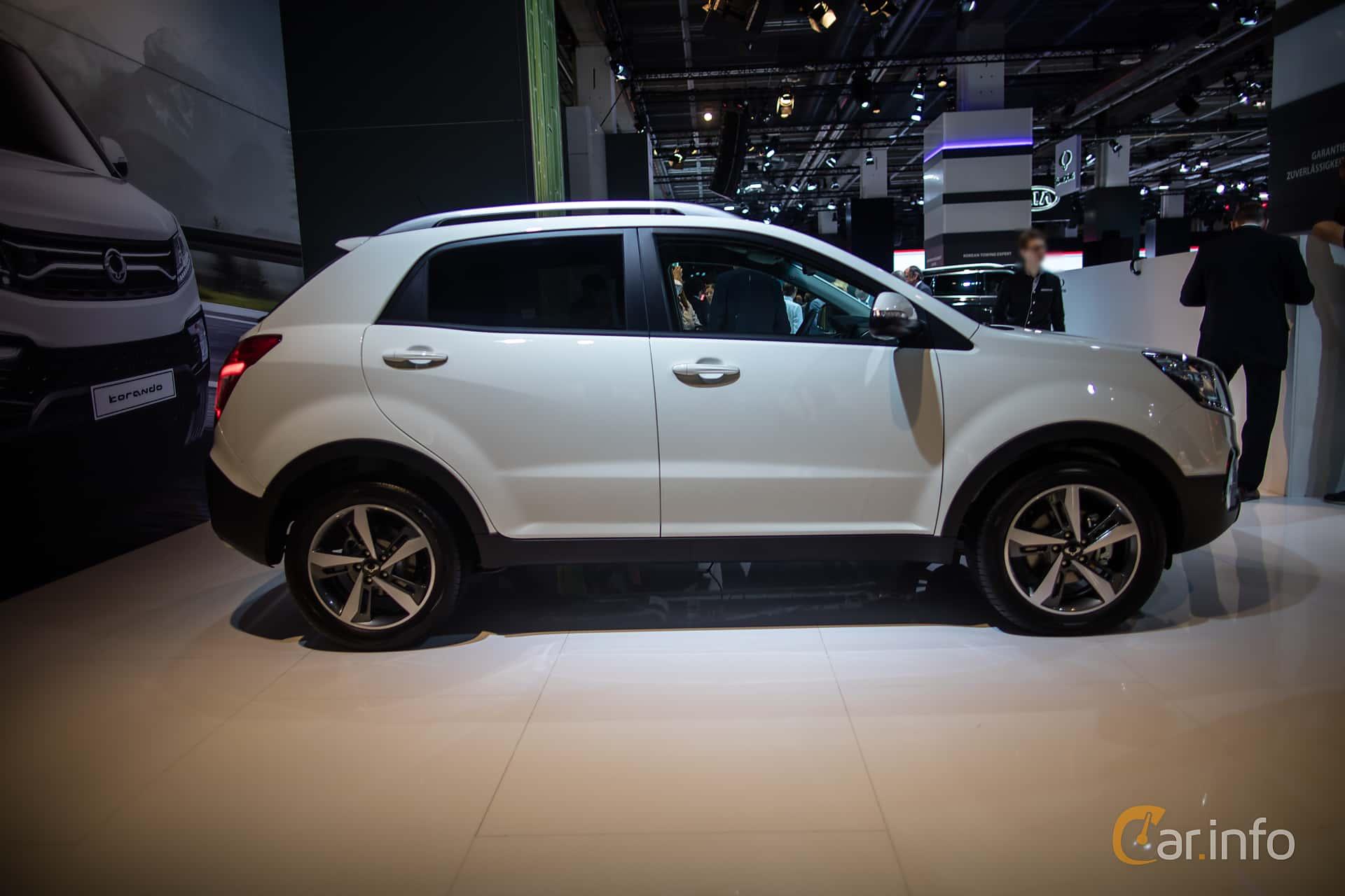 ssangyong korando 2 car - photo #21