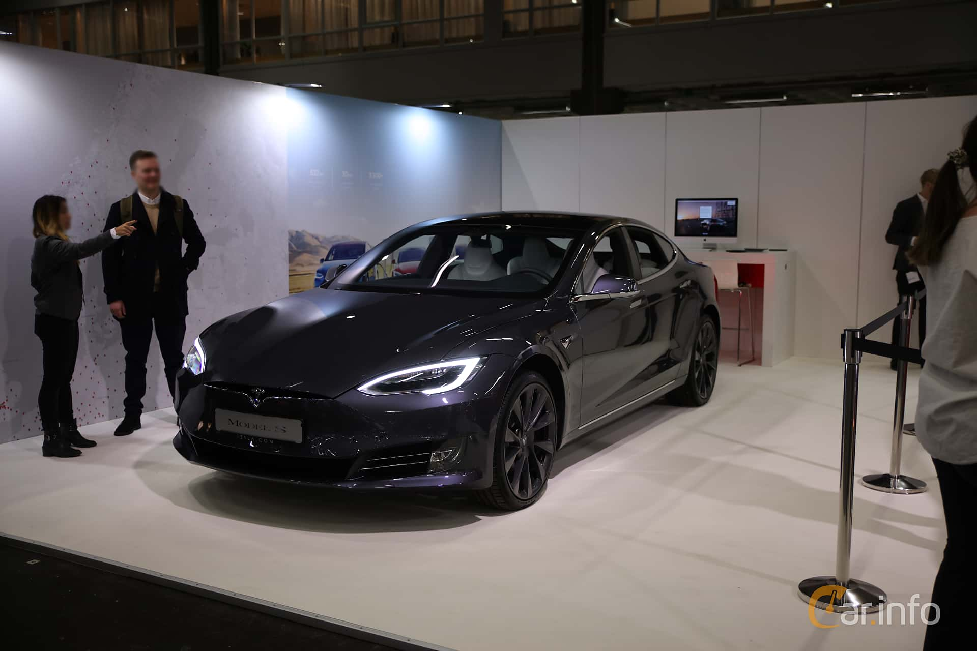 Front/Side  of Tesla Model S 100D 100 kWh AWD Single Speed, 423ps, 2018 at eCar Expo Göteborg 2018