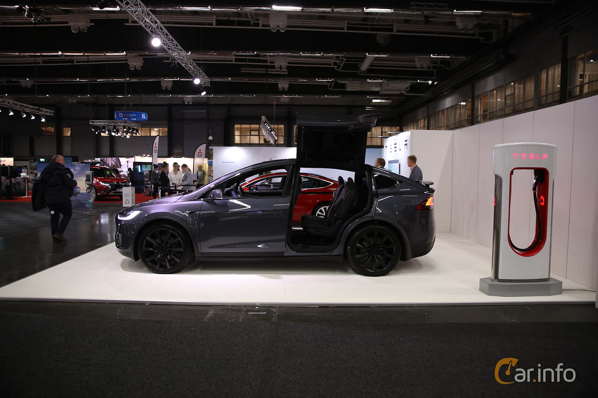 Side  of Tesla Model X 100D 100 kWh AWD Single Speed, 423ps, 2018 at eCar Expo Göteborg 2018