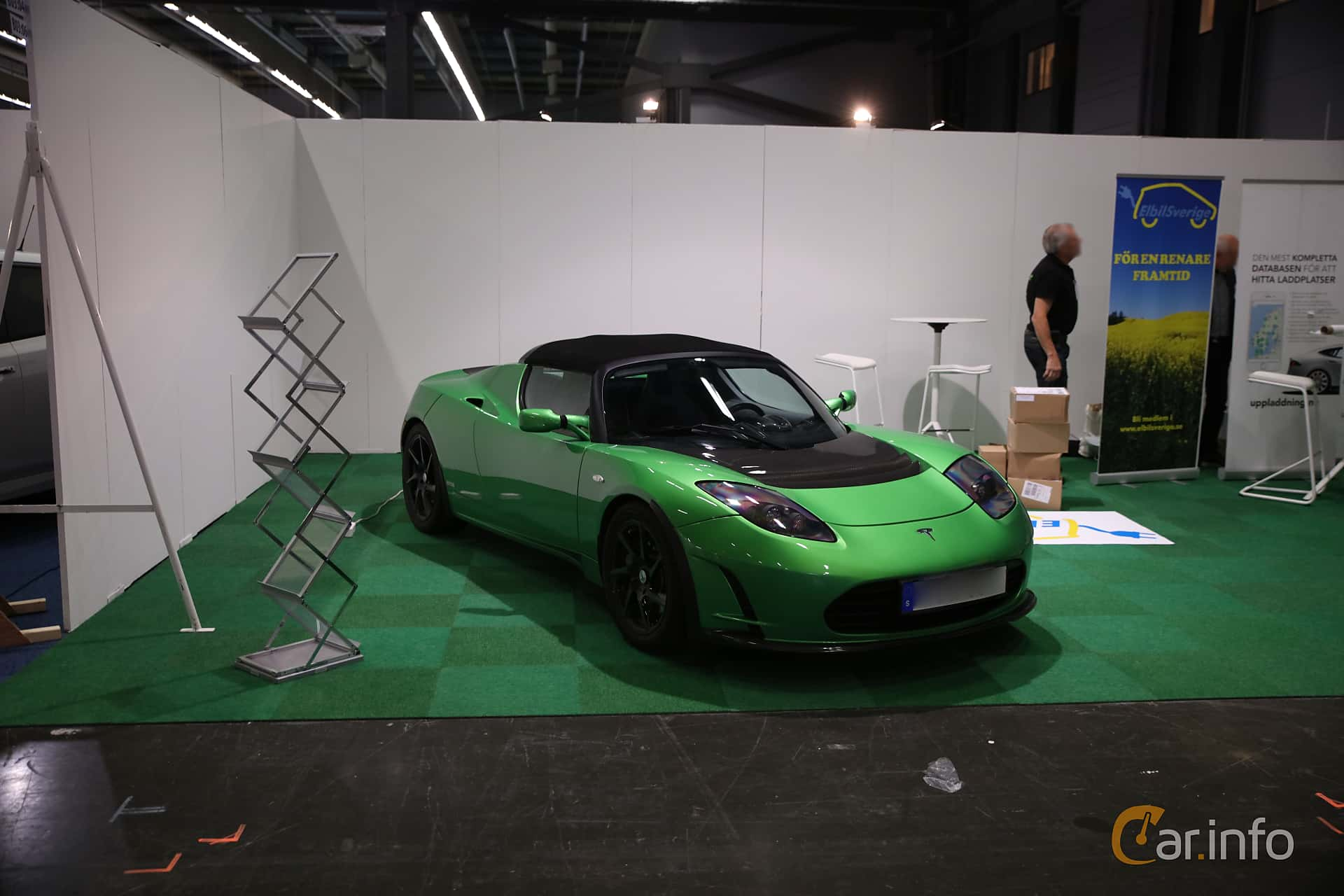 Front/Side  of Tesla Roadster 2.5 Sport 53 kWh Single Speed, 292ps, 2012 at eCar Expo Göteborg 2018