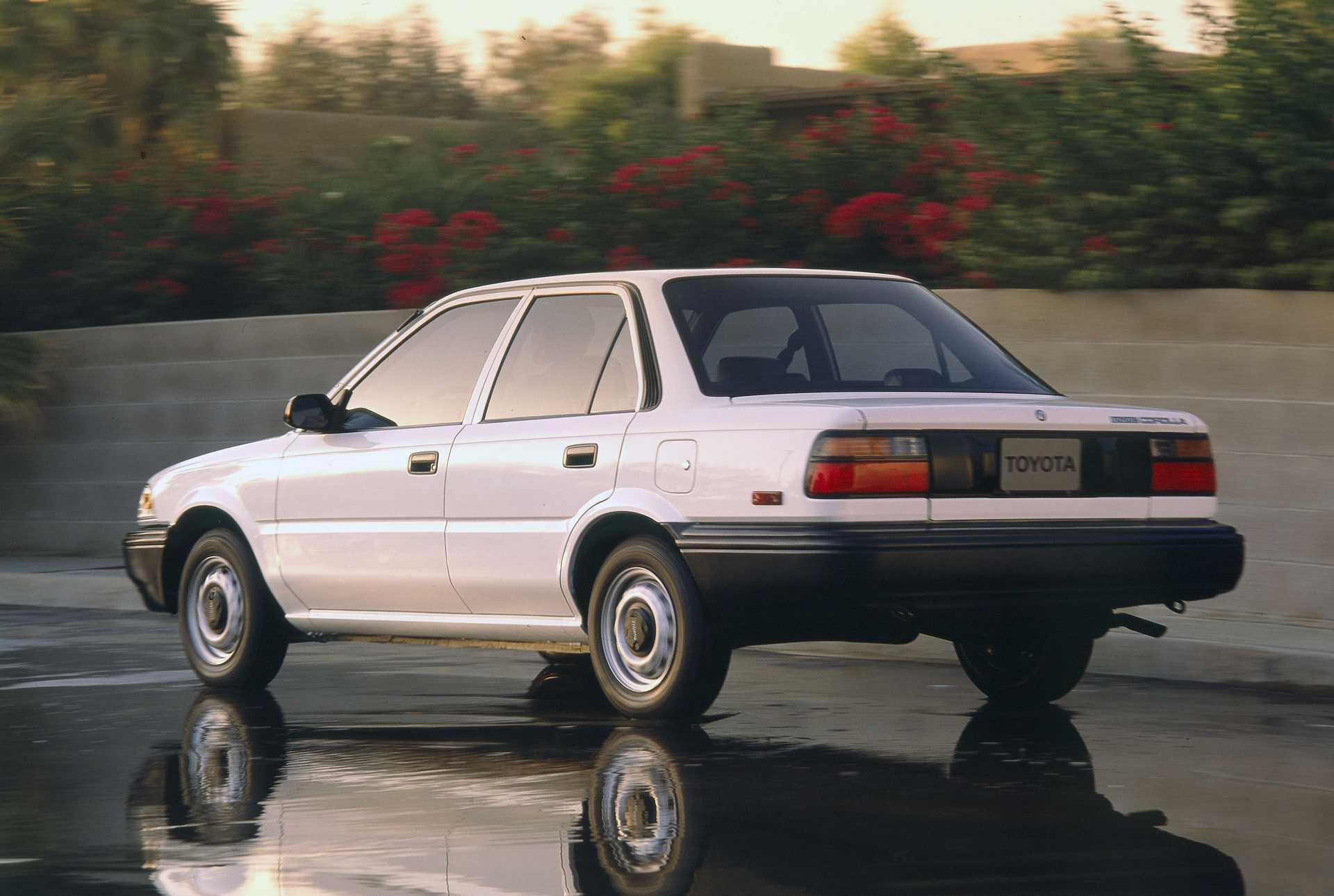 Kekurangan Toyota Corolla 1990 Top Model Tahun Ini