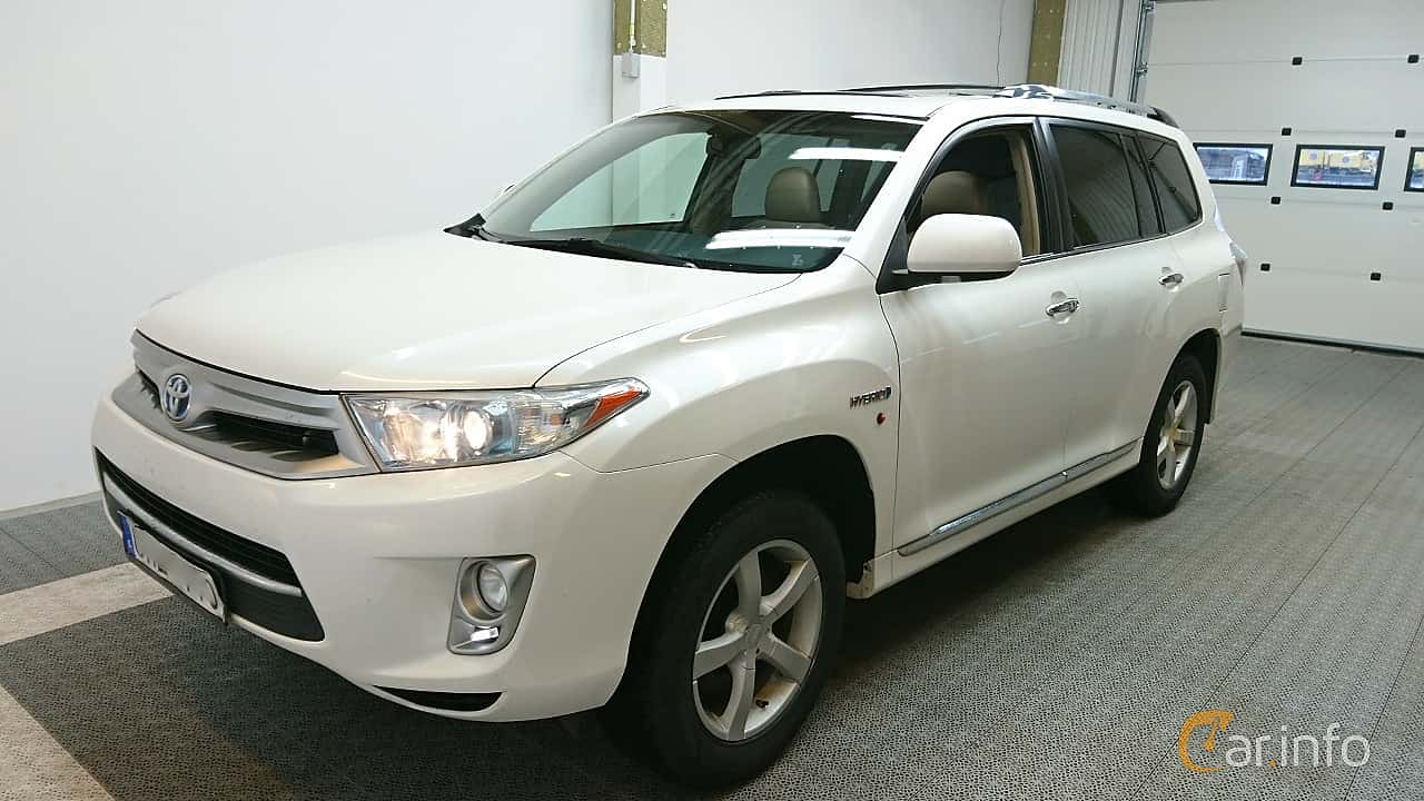 Front/Side  of Toyota Highlander 3.5 V6 Hybrid AWD Automatic, 248ps, 2011