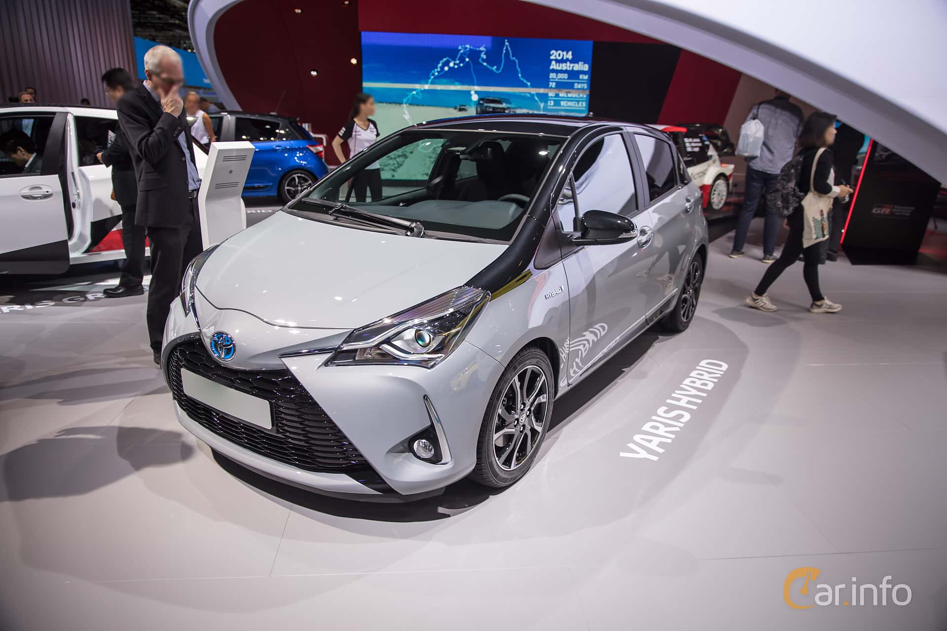 toyota yaris hybrid 1 5 vvt i cvt 101hp 2018 at iaa 2017. Black Bedroom Furniture Sets. Home Design Ideas