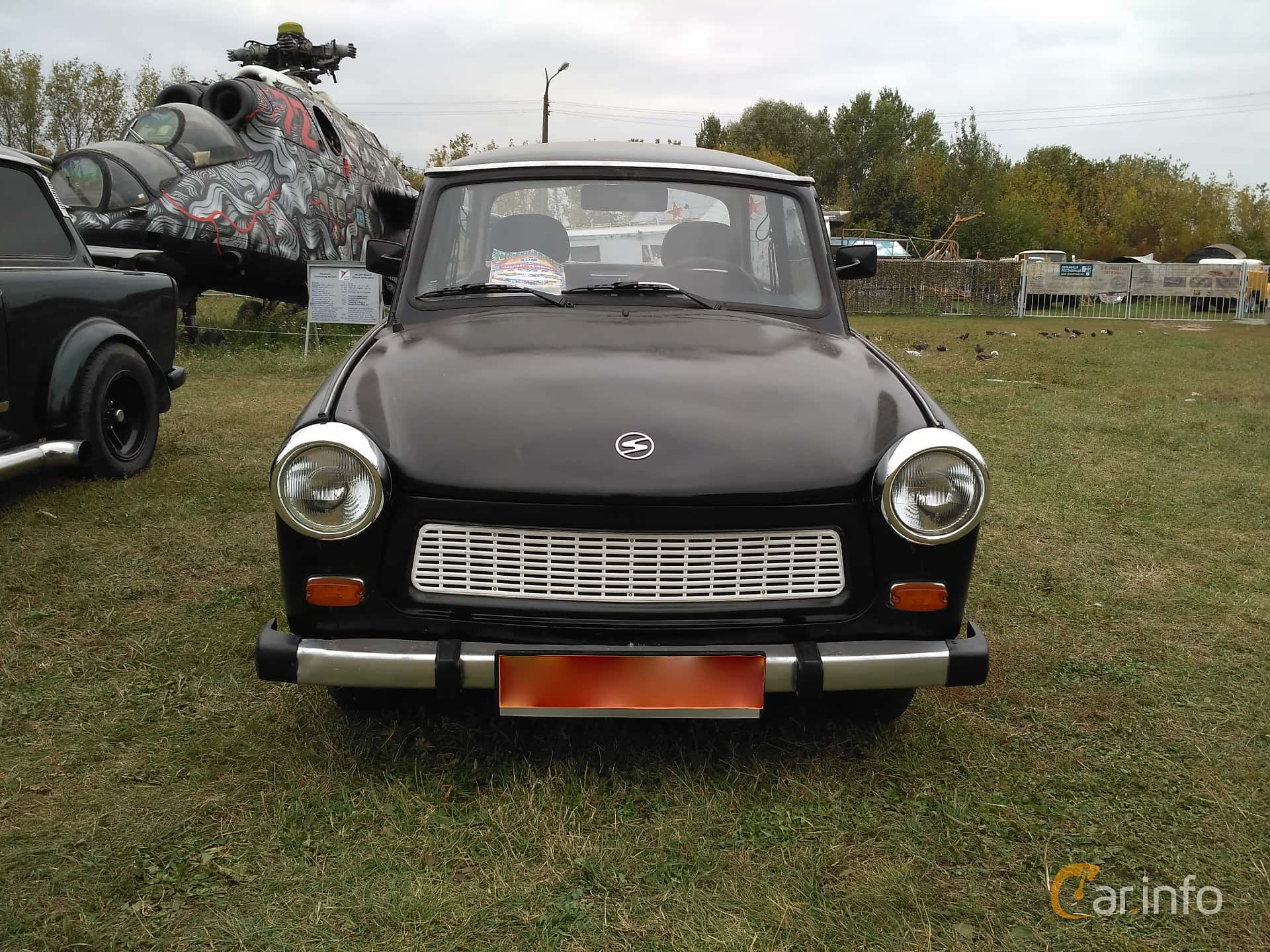 Front  of Trabant 601 Limousine 0.6 Manual, 26ps, 1987