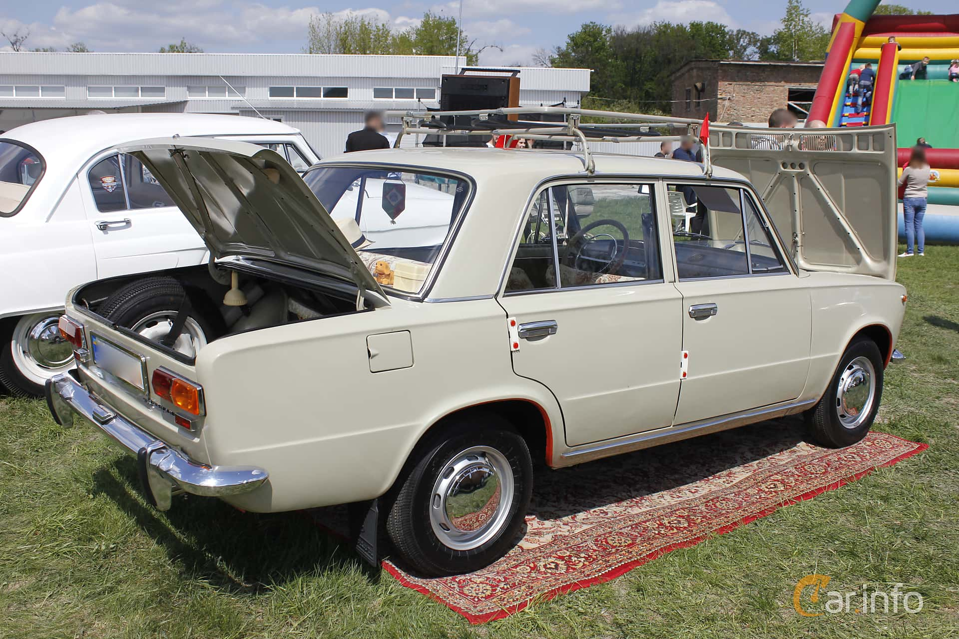 VAZ VAZ-21013 1.2 Manual, 63hp, 1972 at Old Car Land no.1 2018