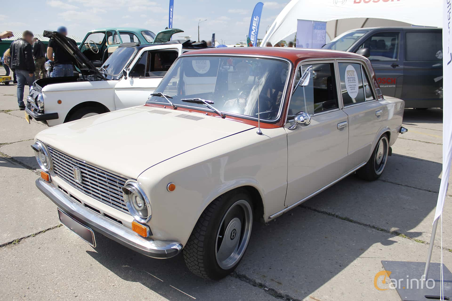 VAZ VAZ-21013 1.2 Manuell, 63hk, 1972 at Old Car Land no.1 2018