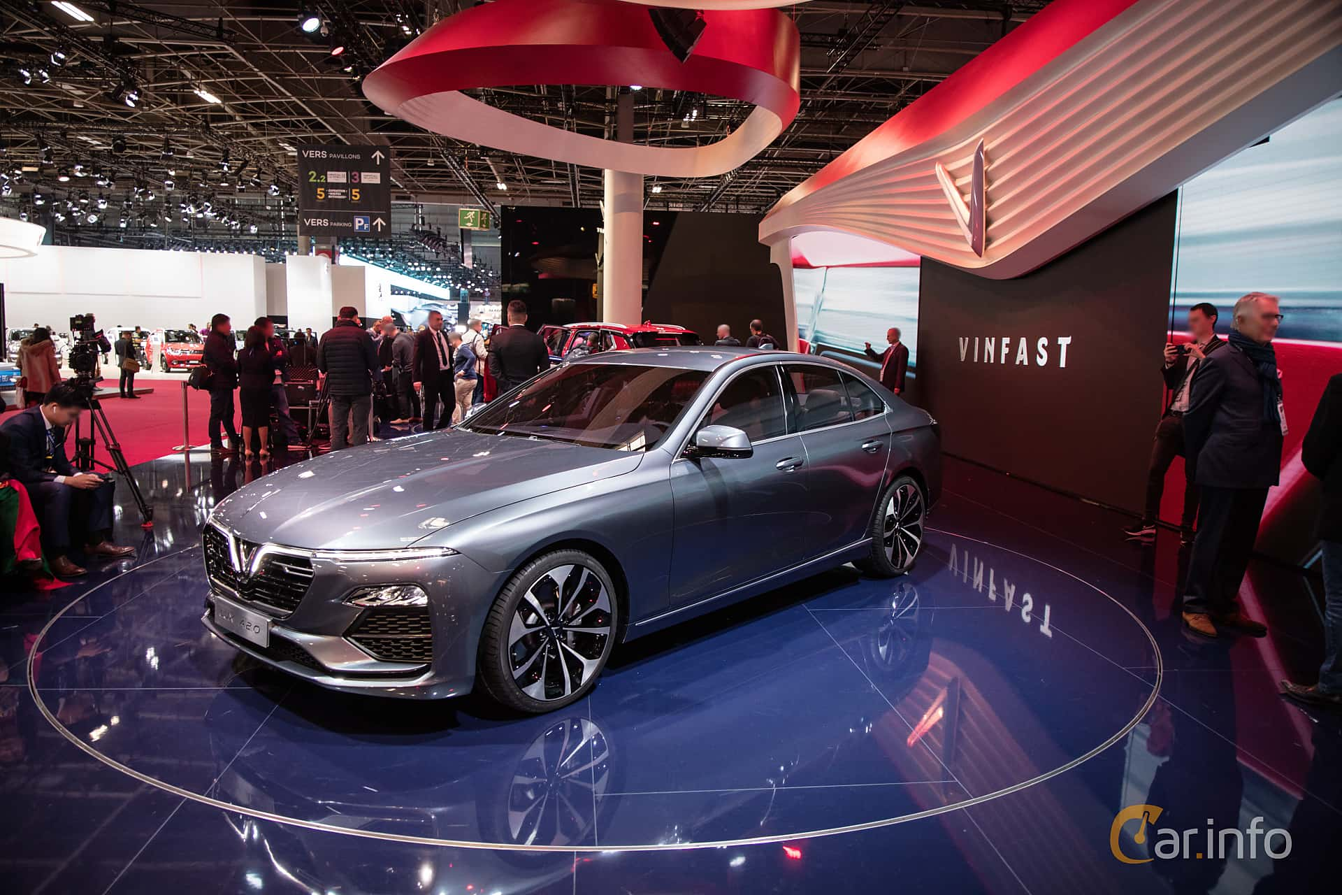 Front/Side  of VinFast LUX A2.0 2019 at Paris Motor Show 2018
