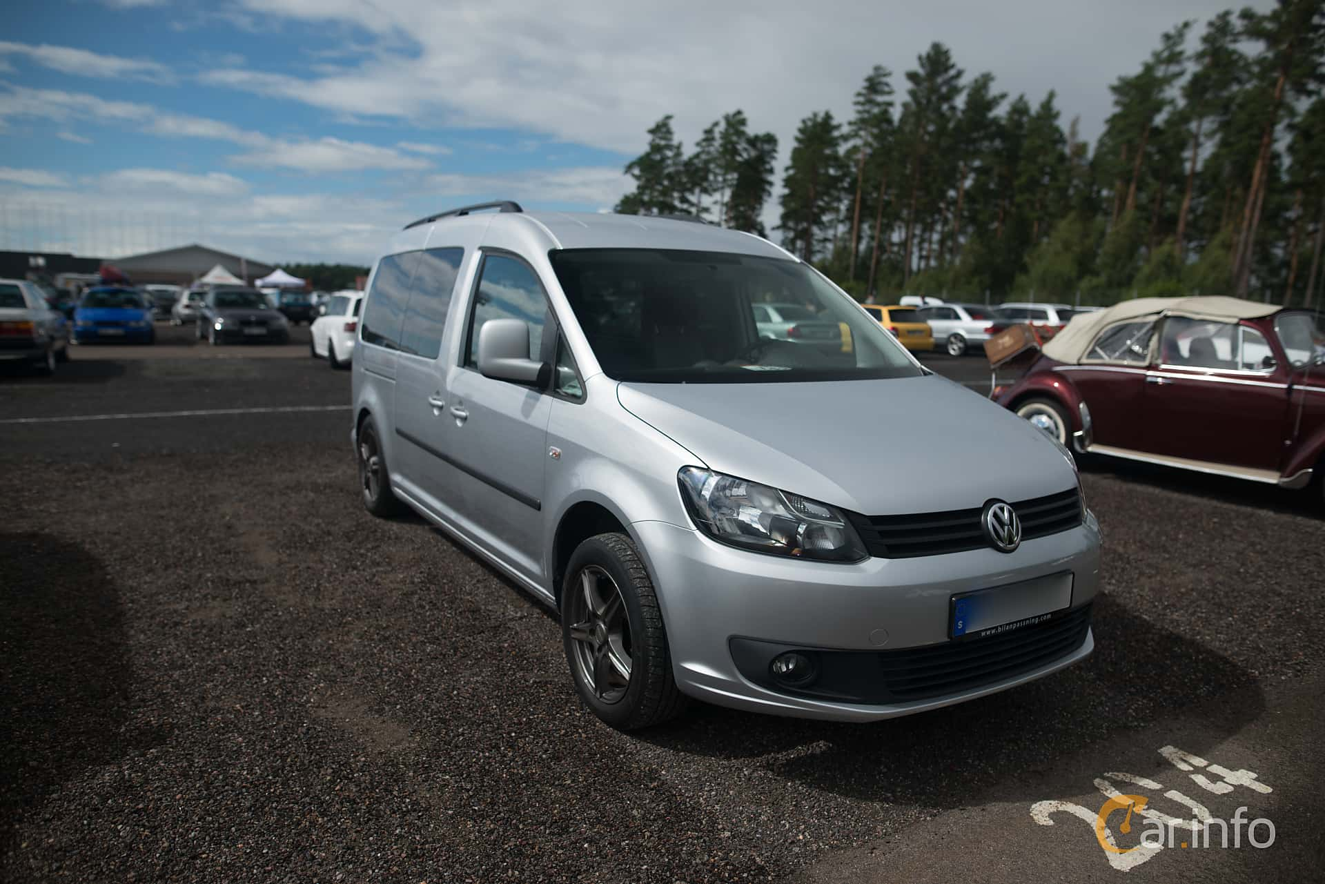 volkswagen caddy maxi life 1 6 tdi dsg sequential 102hp 2012. Black Bedroom Furniture Sets. Home Design Ideas