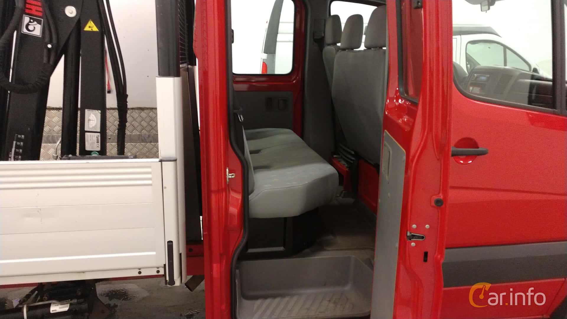 Volkswagen Crafter Chassi Double Cab 2.5 TDI Manual, 109hp, 2009