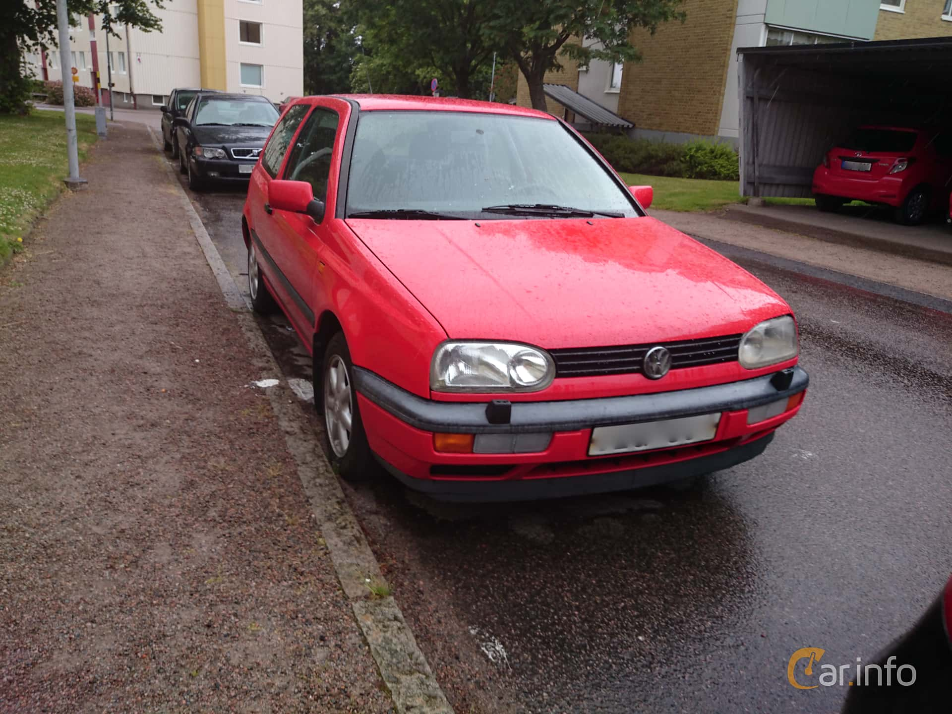 2 images of volkswagen golf 3 door 1 8 manual 90hp 1995 by jarbo rh car info 1995 VW Golf MPG 1993 VW Golf