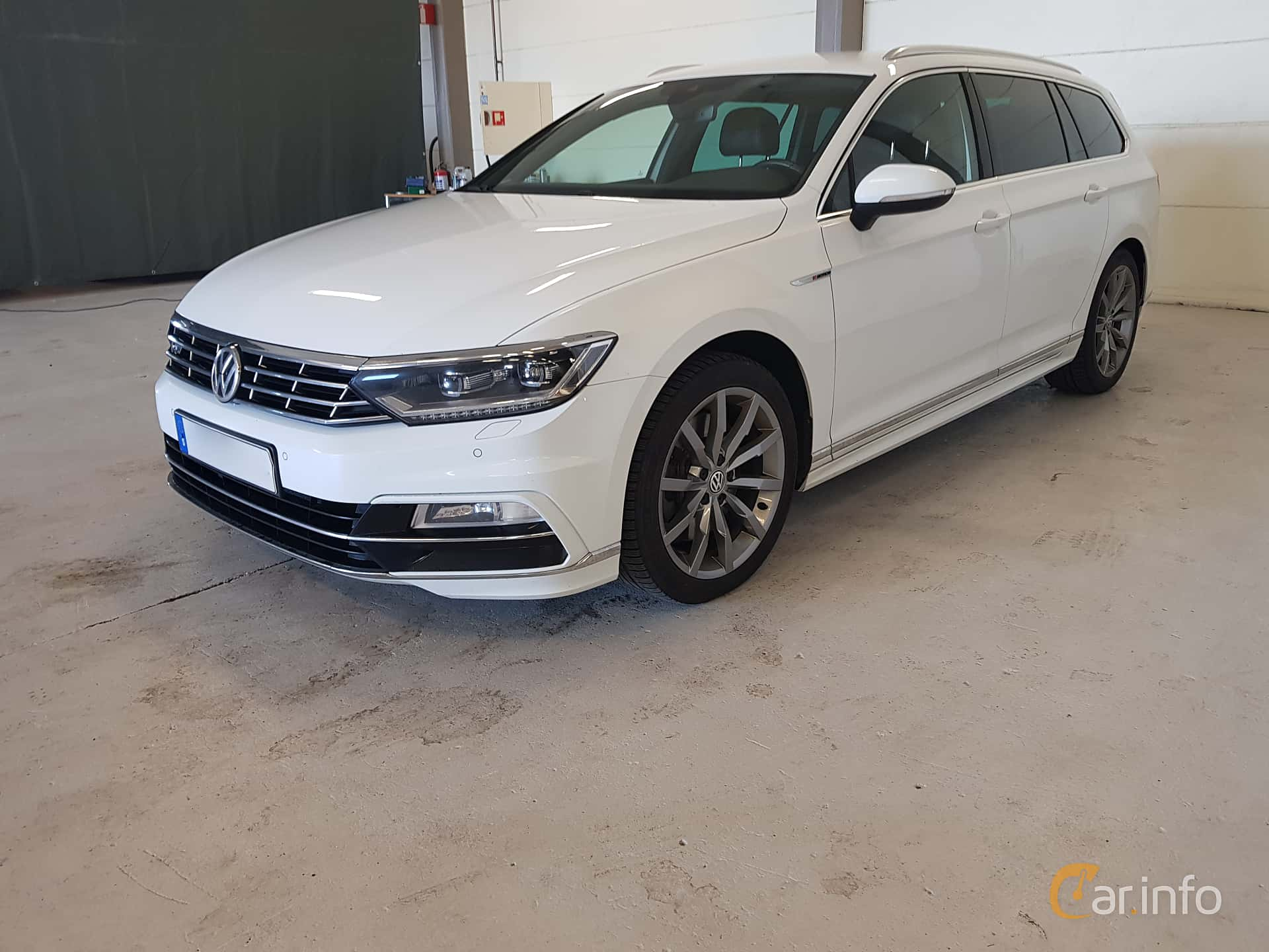 volkswagen passat variant 2 0 tsi 4motion dsg sequential. Black Bedroom Furniture Sets. Home Design Ideas