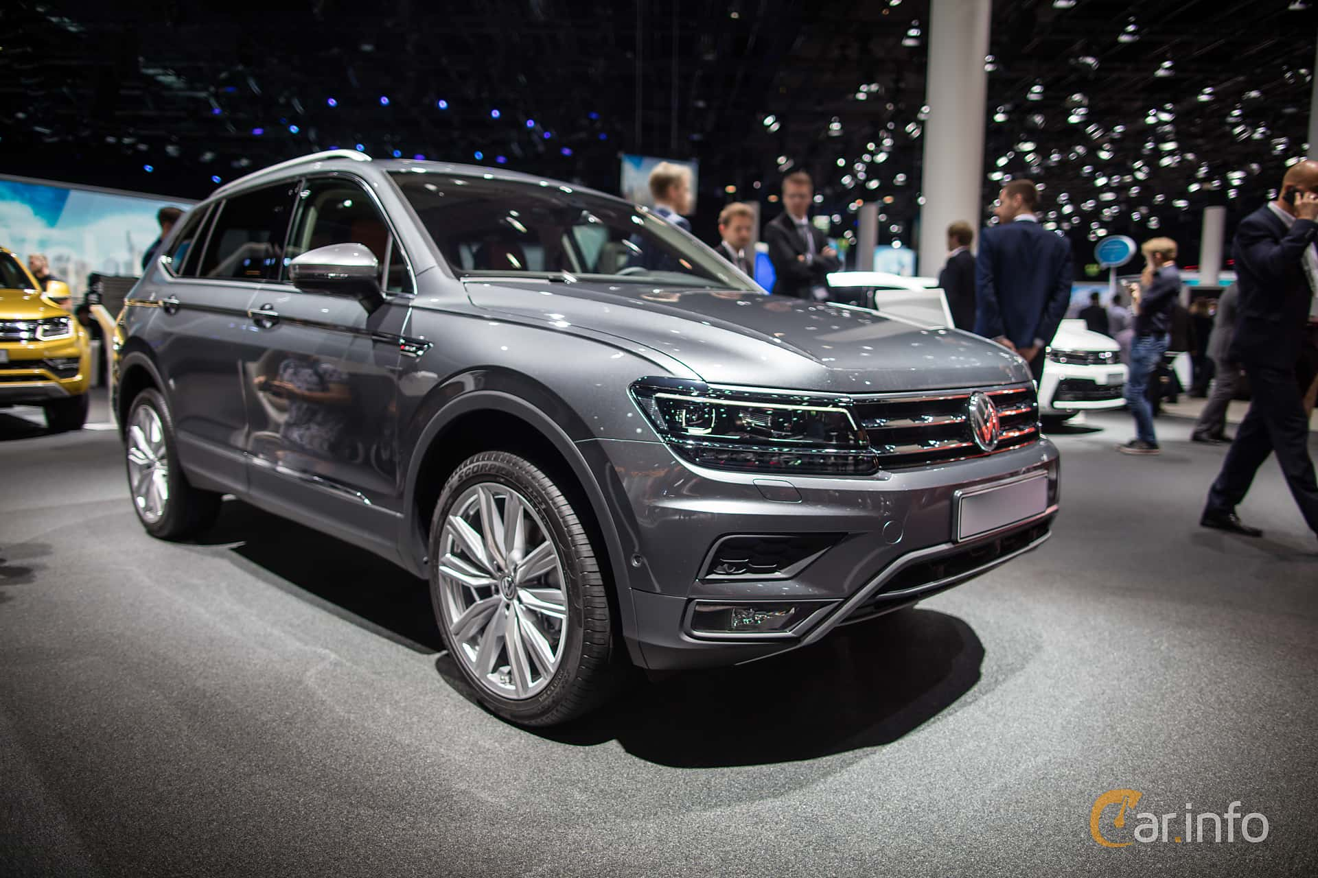 volkswagen tiguan allspace 2 0 tsi bluemotion 4motion dsg. Black Bedroom Furniture Sets. Home Design Ideas