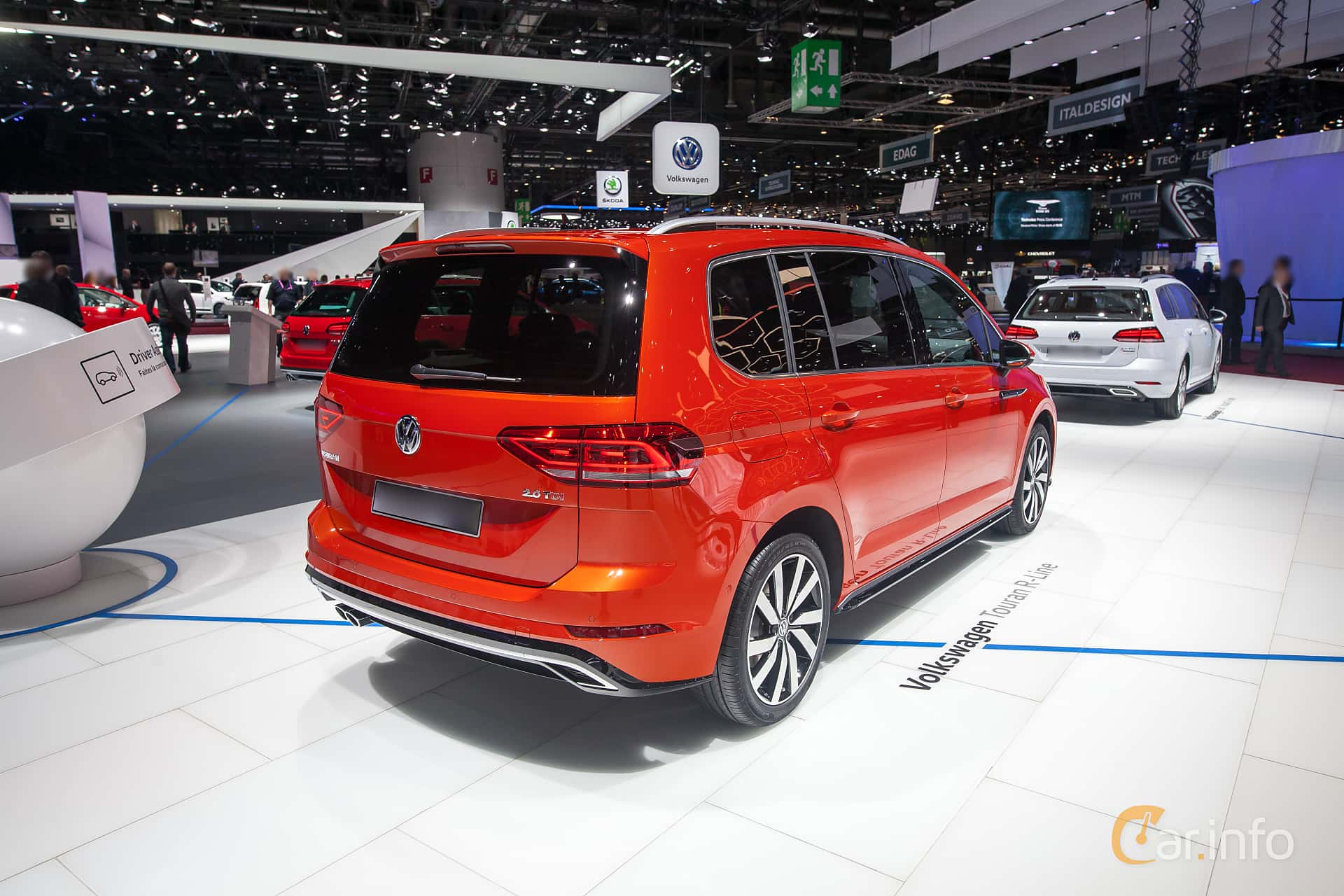 volkswagen touran 2 0 tdi manuell 150hk 2017 at geneva. Black Bedroom Furniture Sets. Home Design Ideas