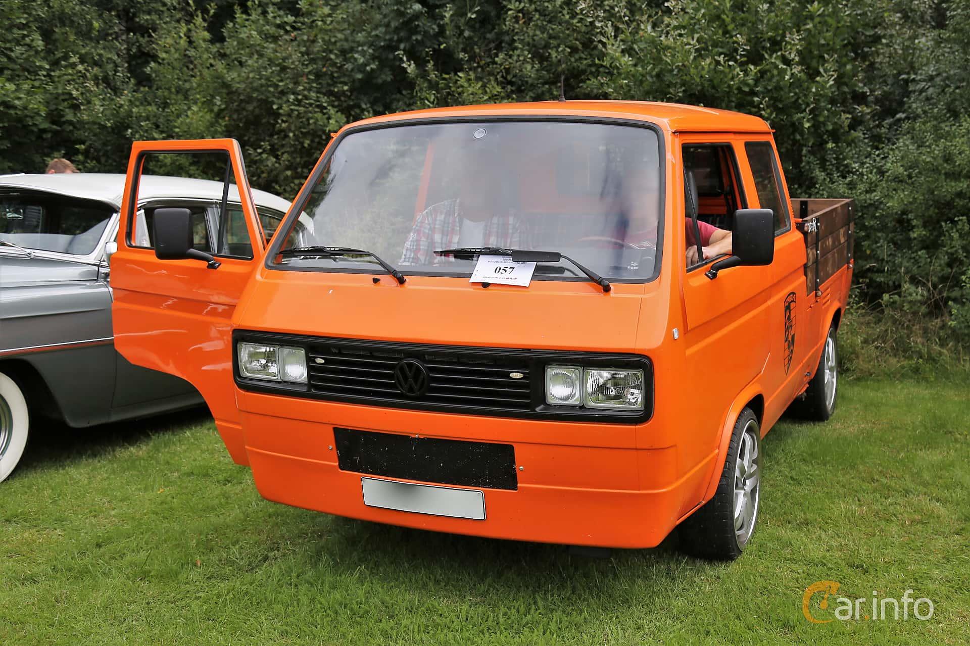 Volkswagen Transporter Chassi 2.1 Manual, 112hp, 1989 at Lödöse motornostalgiska dag 2019