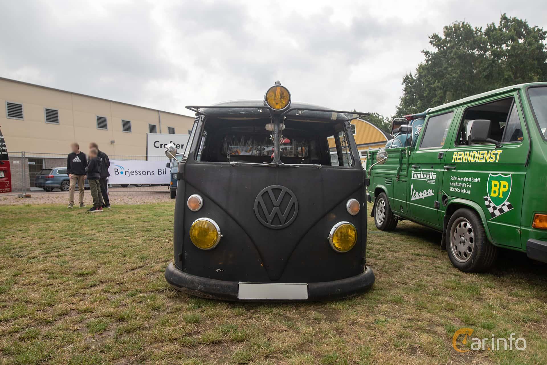 Front  of Volkswagen Transporter 1500 Pickup 1.5 Manual, 44ps, 1966 at West Coast Bug Meet 2019