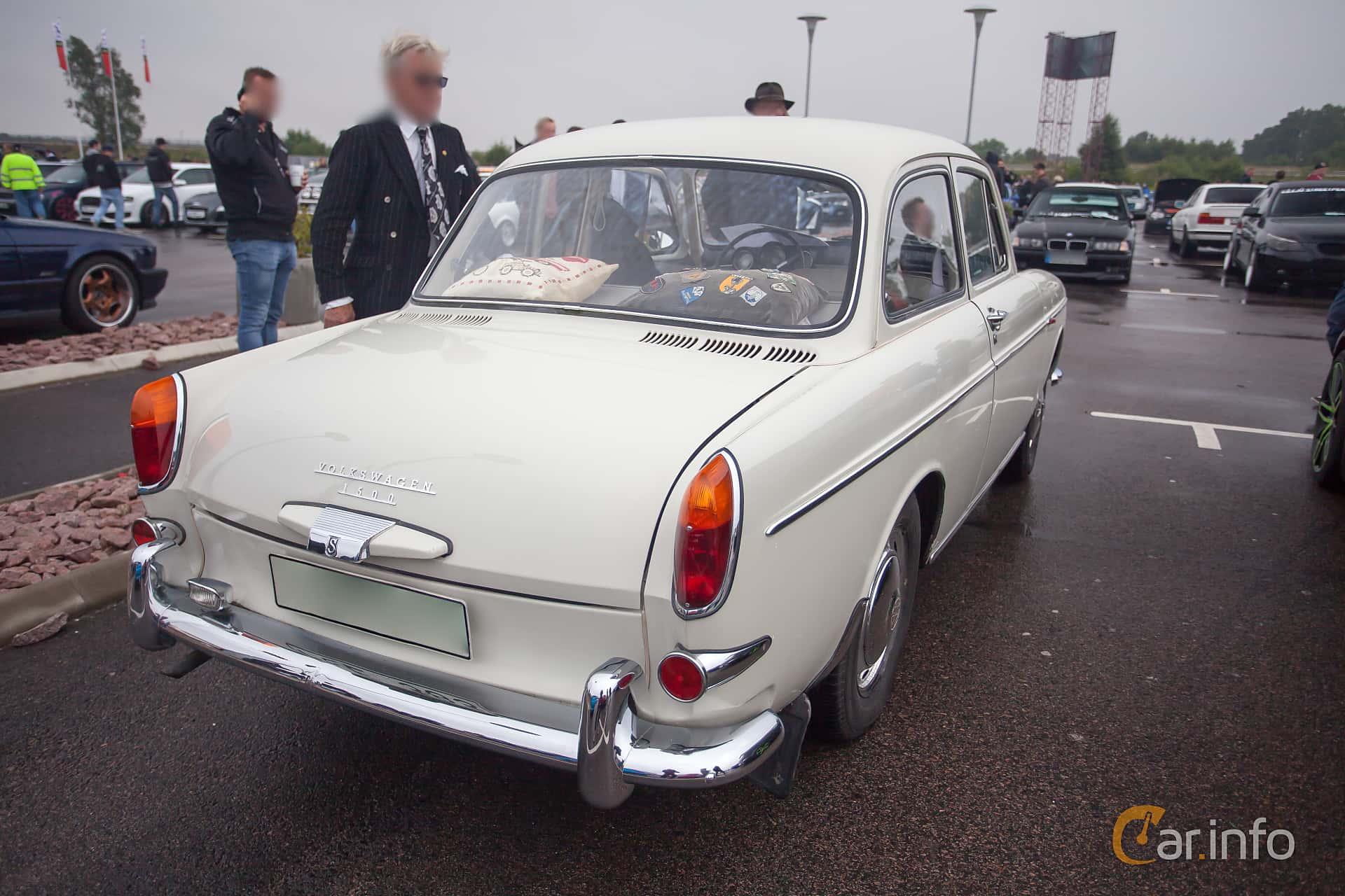 Back/Side of Volkswagen 1500 1.5 Manual, 54ps, 1965 at Tyskträffen 2015