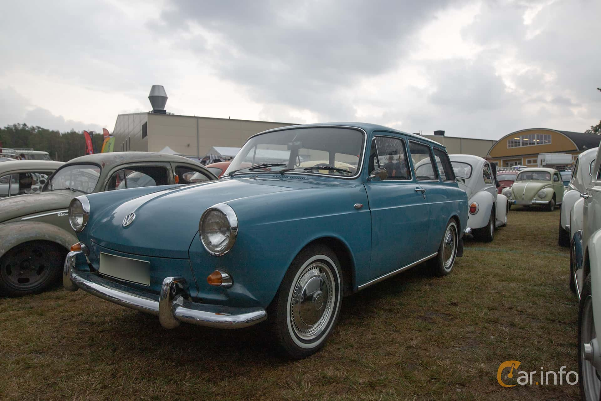 Front/Side  of Volkswagen 1500 Variant 1.5 Manual, 45ps, 1963 at West Coast Bug Meet 2019