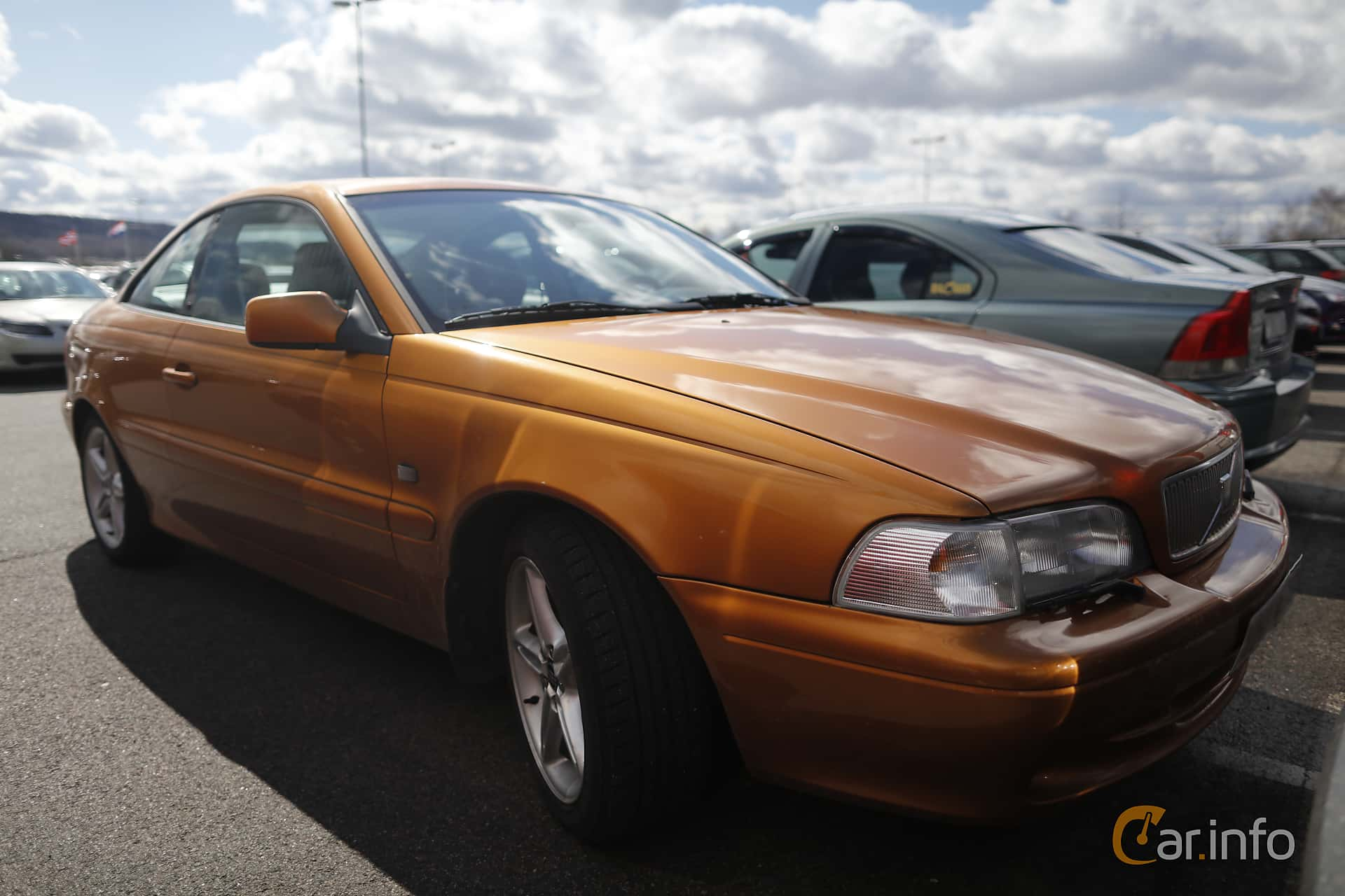review down price volvo rear autocar car roof