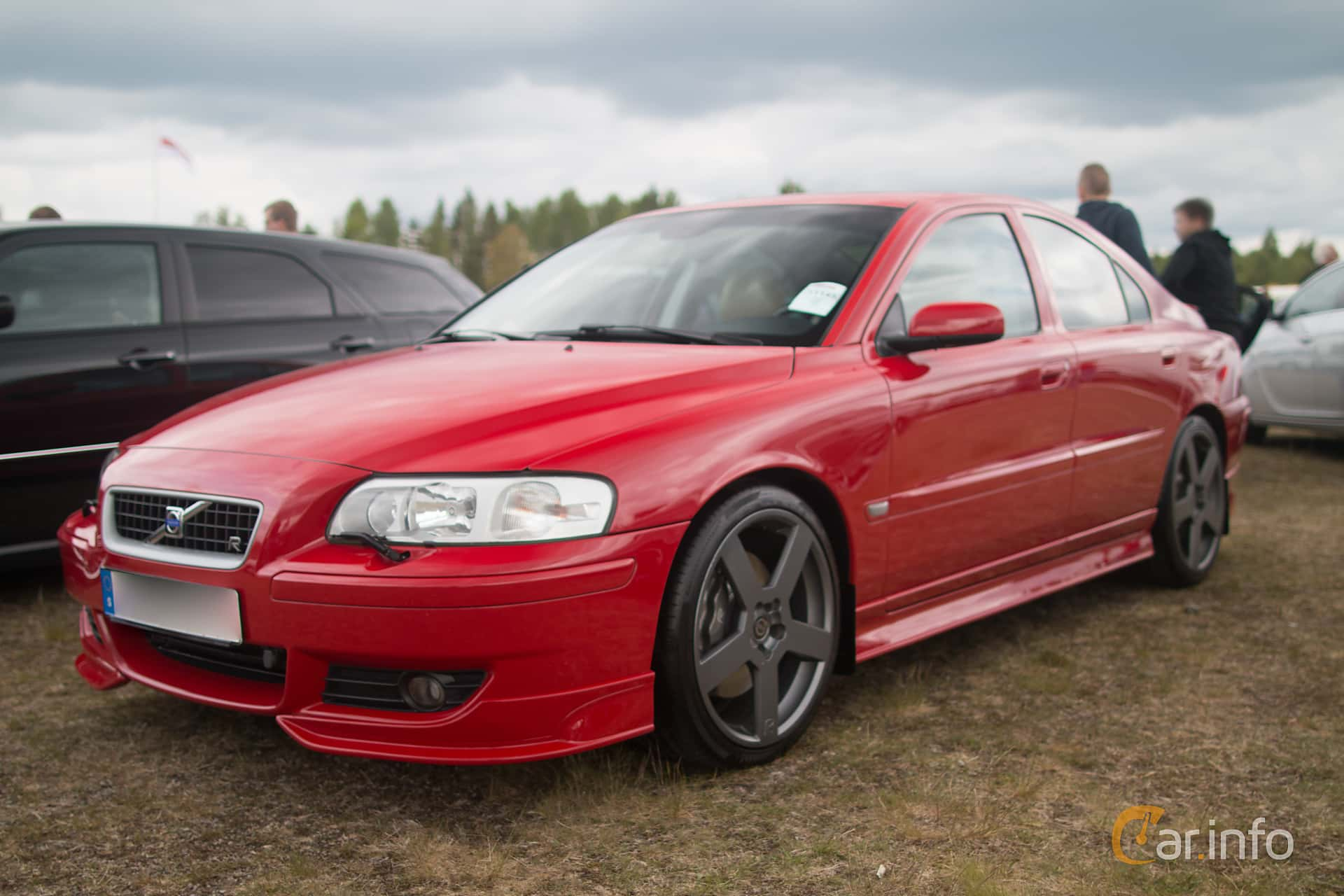 Images of a Volvo S60 R Manual, 300hp, 2005