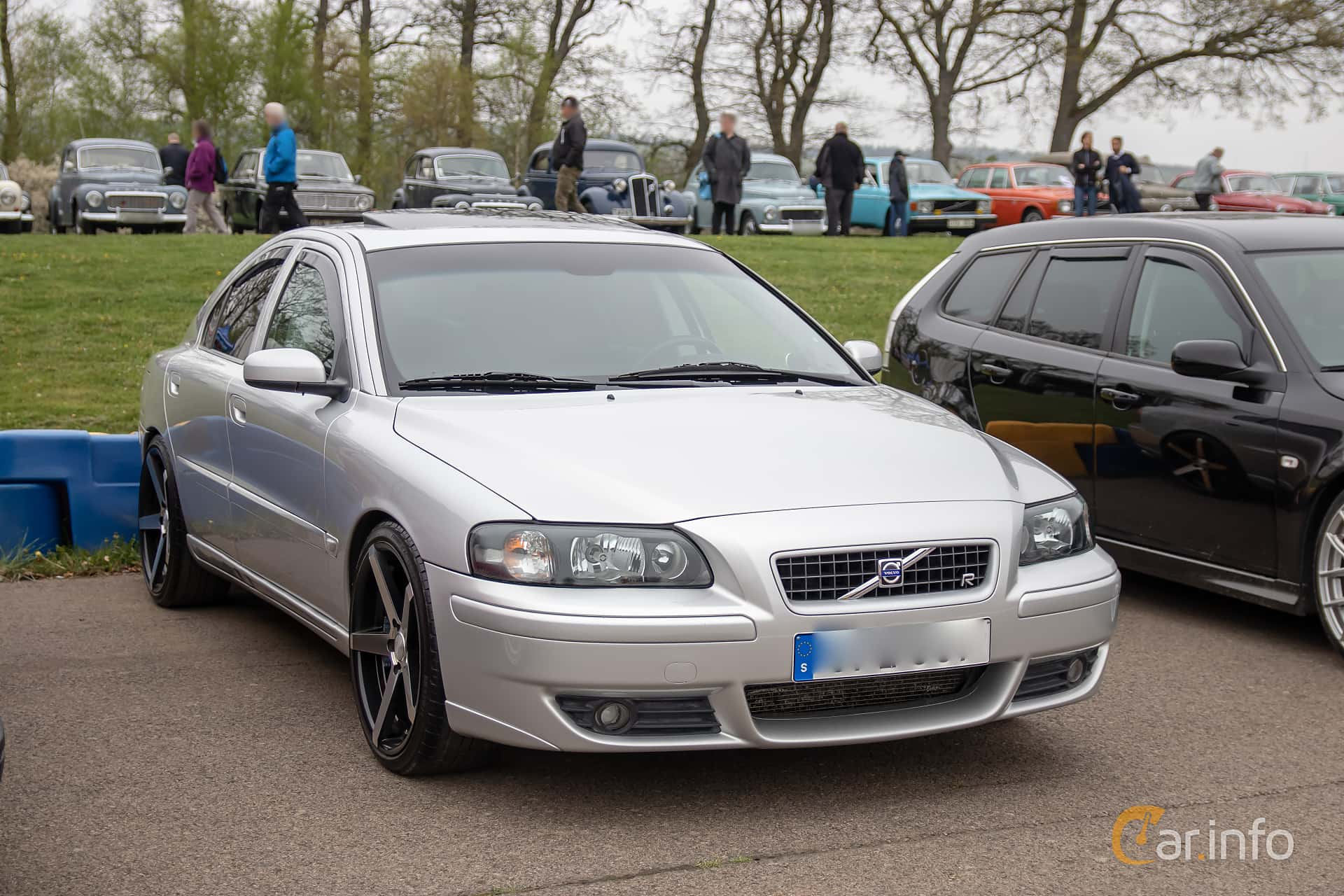 Volvo S60 2.5T Manual, 210hp, 2004 at Lucys motorfest 2019