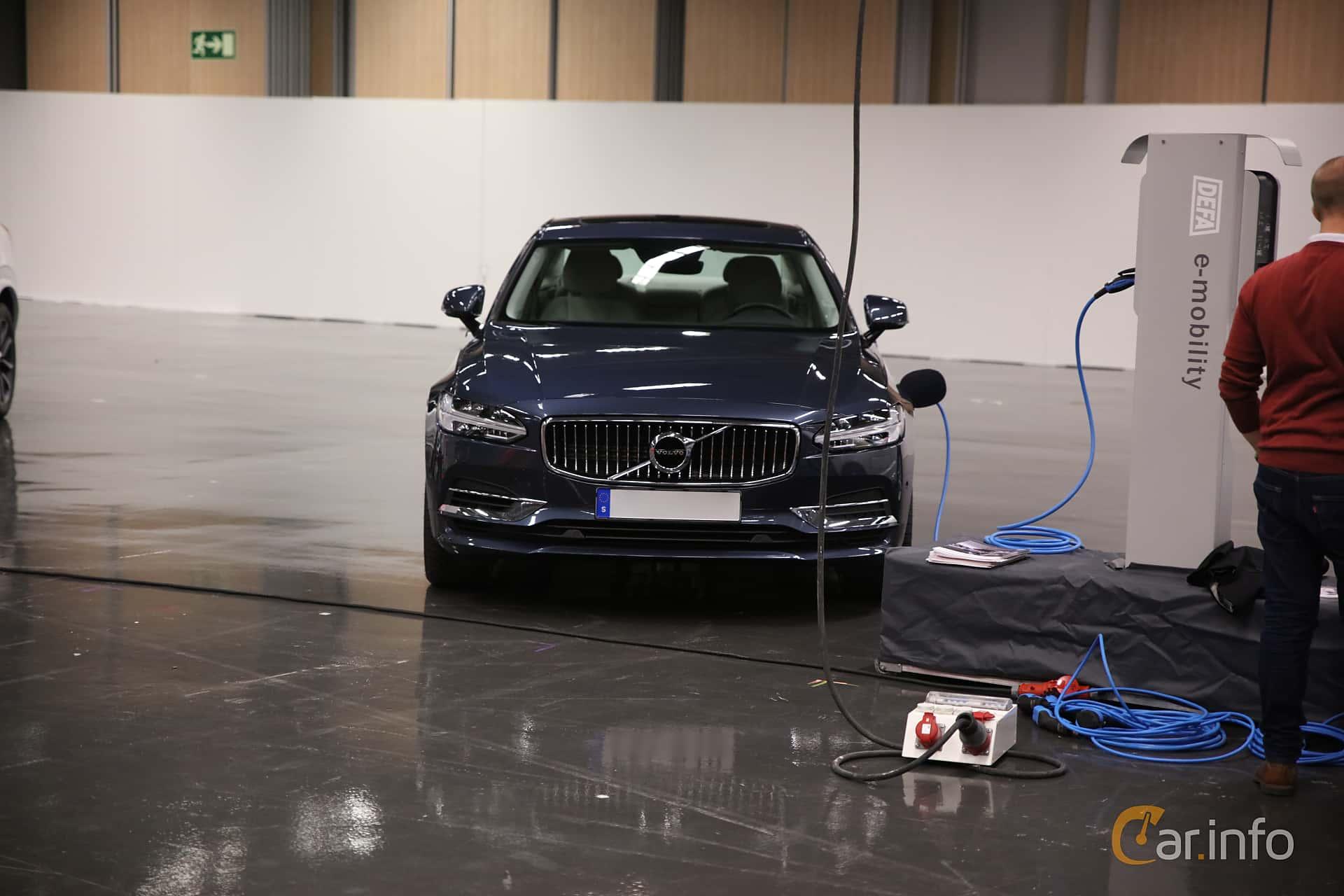 Volvo S90 T8 AWD Geartronic, 407hp, 2018 at eCar Expo Göteborg 2018