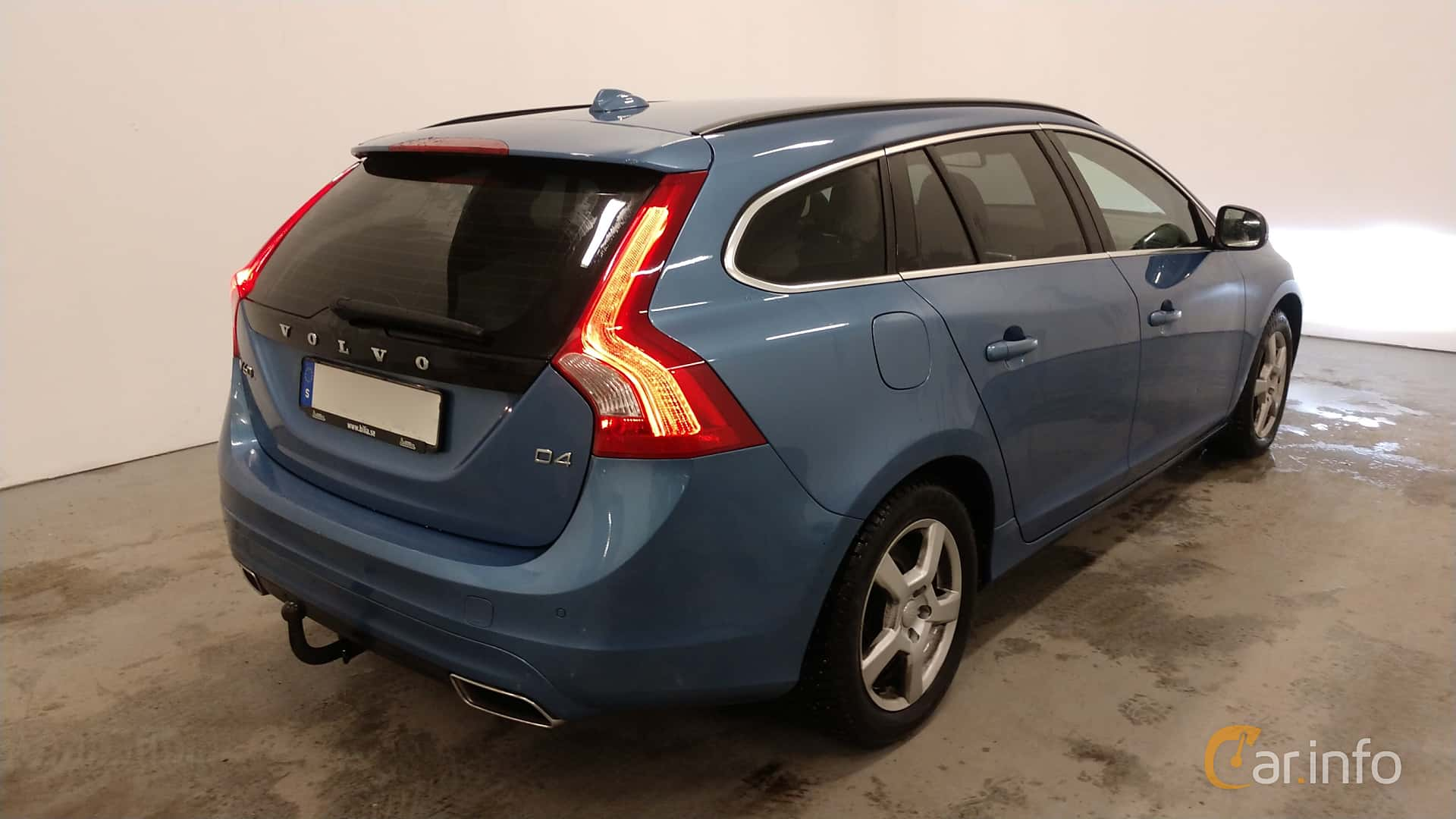 Volvo V60 D4 Manual, 181hp, 2015