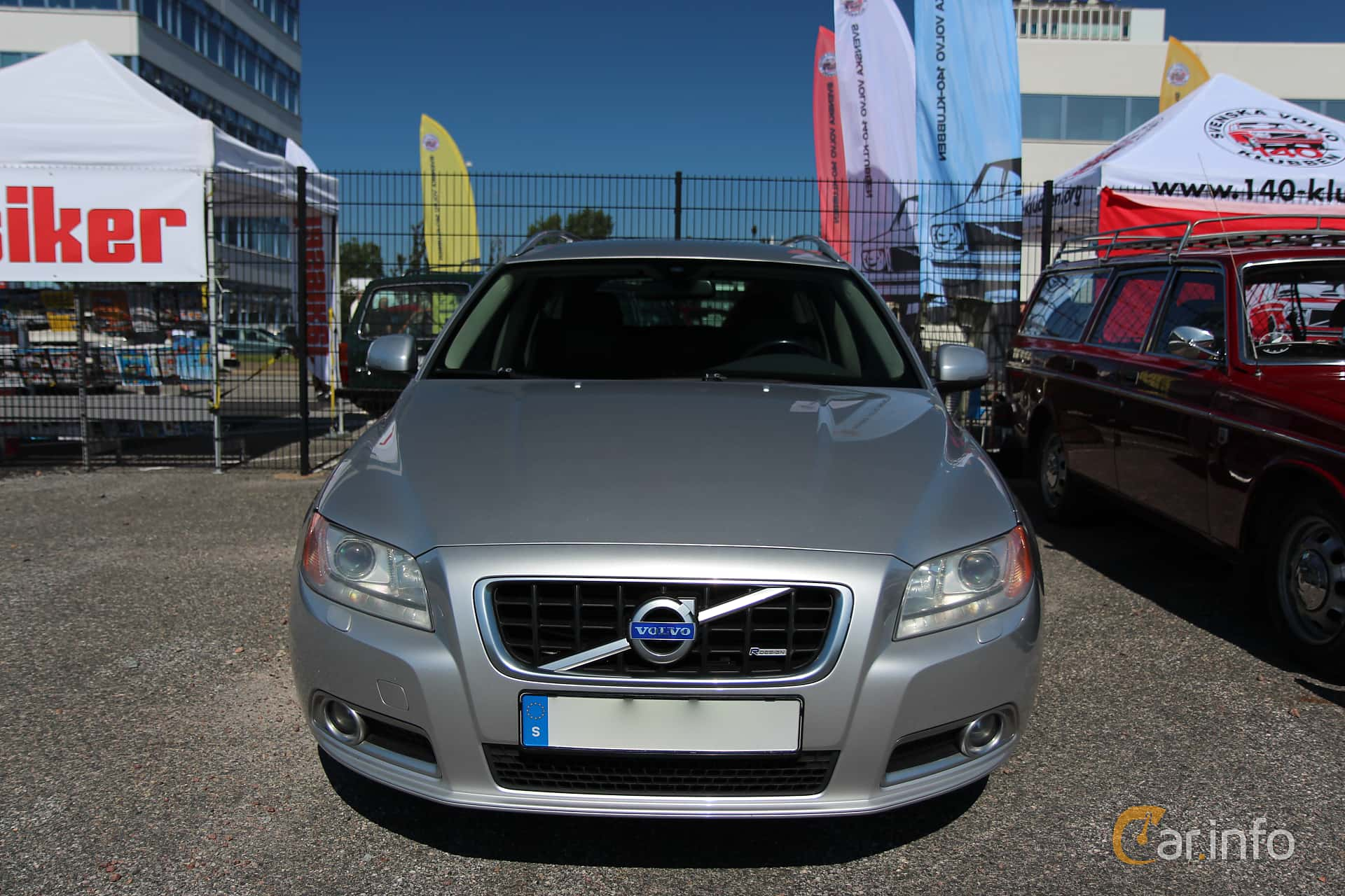 Front of Volvo V70 D5 Manual, 185ps, 2008 at Vrom - Volvo Rendezvous &