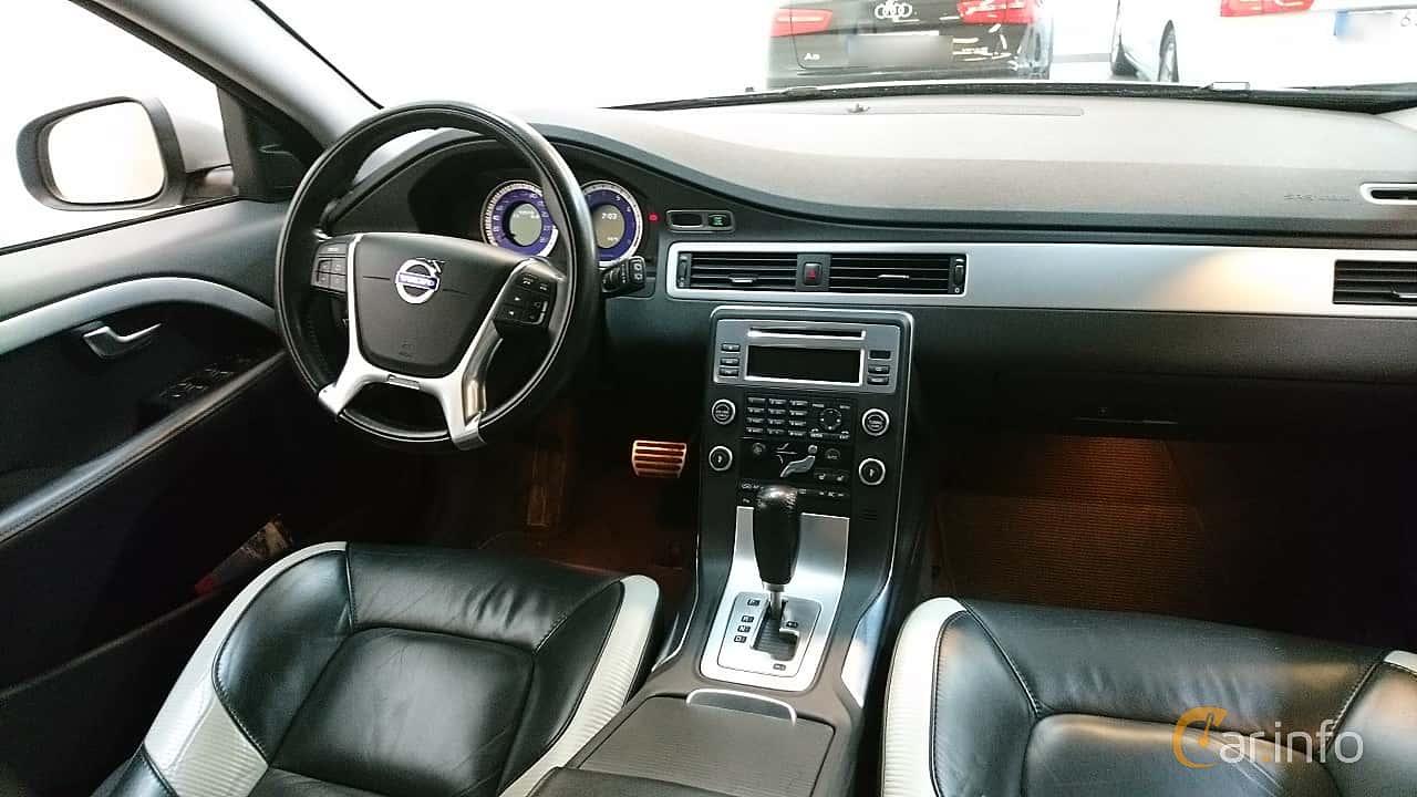 volvo-v70-interior-2-510612.jpg