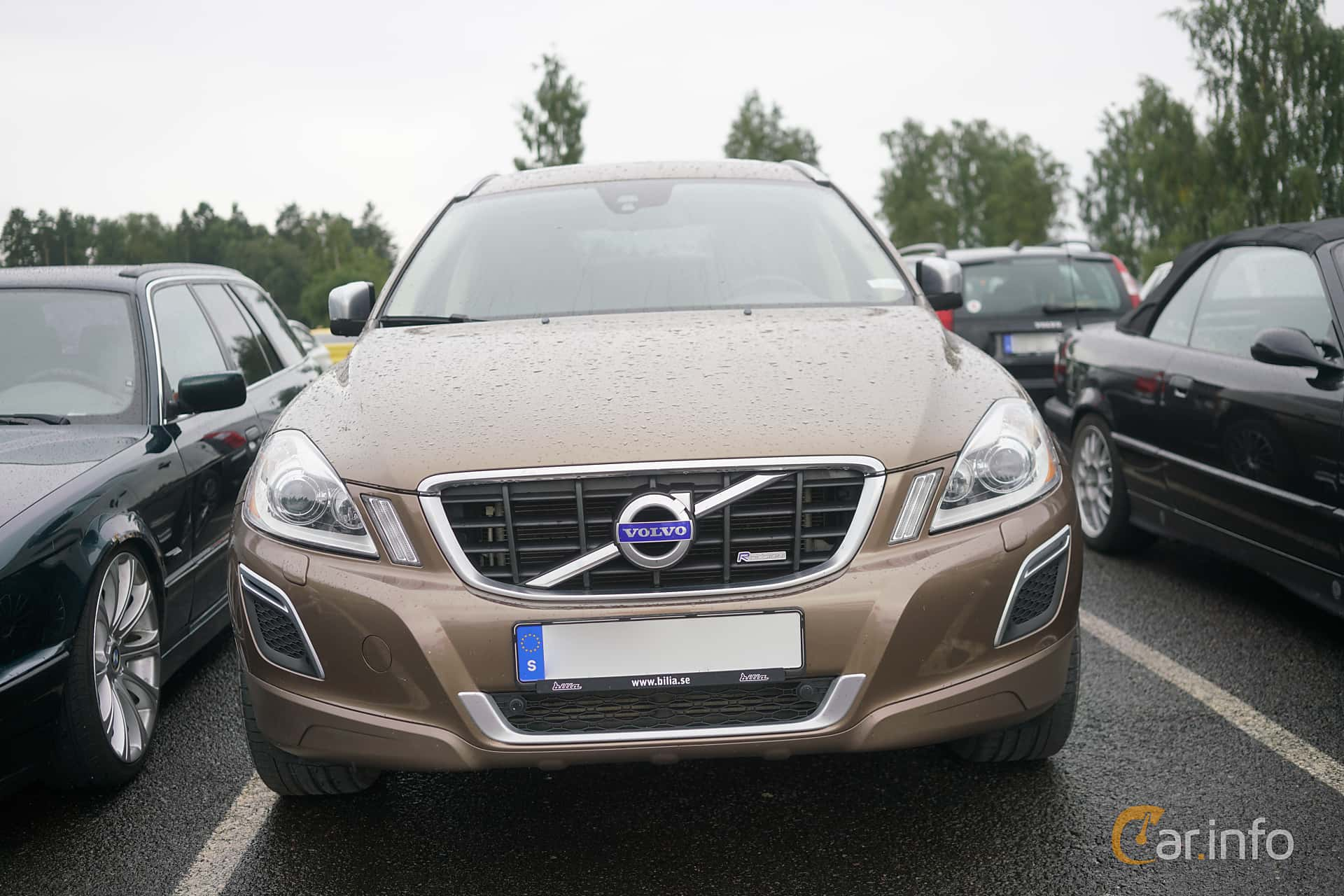 2 images of volvo xc60 2 4 d5 awd geartronic 215hp 2013 by marcusliedholm. Black Bedroom Furniture Sets. Home Design Ideas