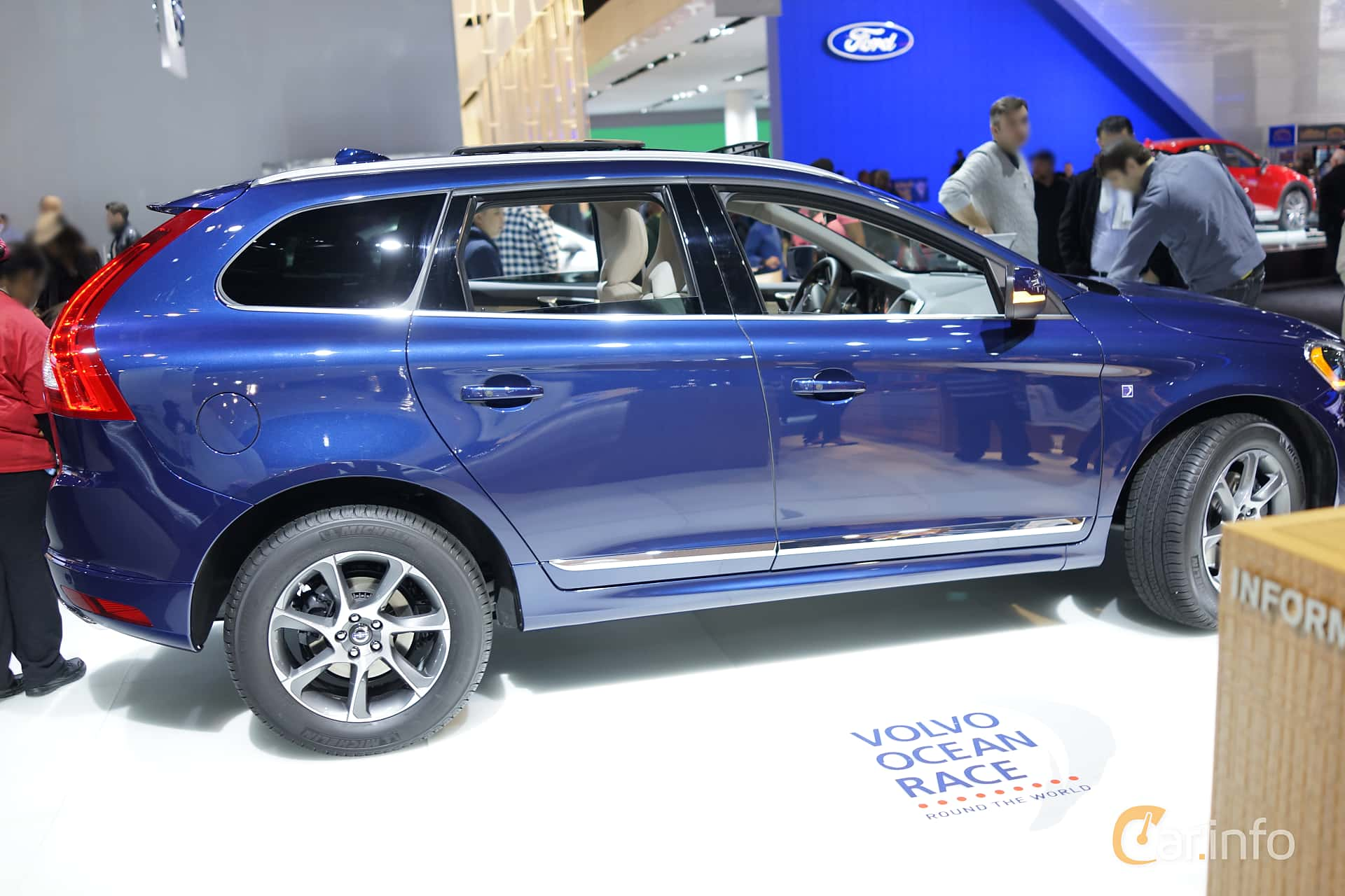 reviews awd and car com carreview at volvo review news