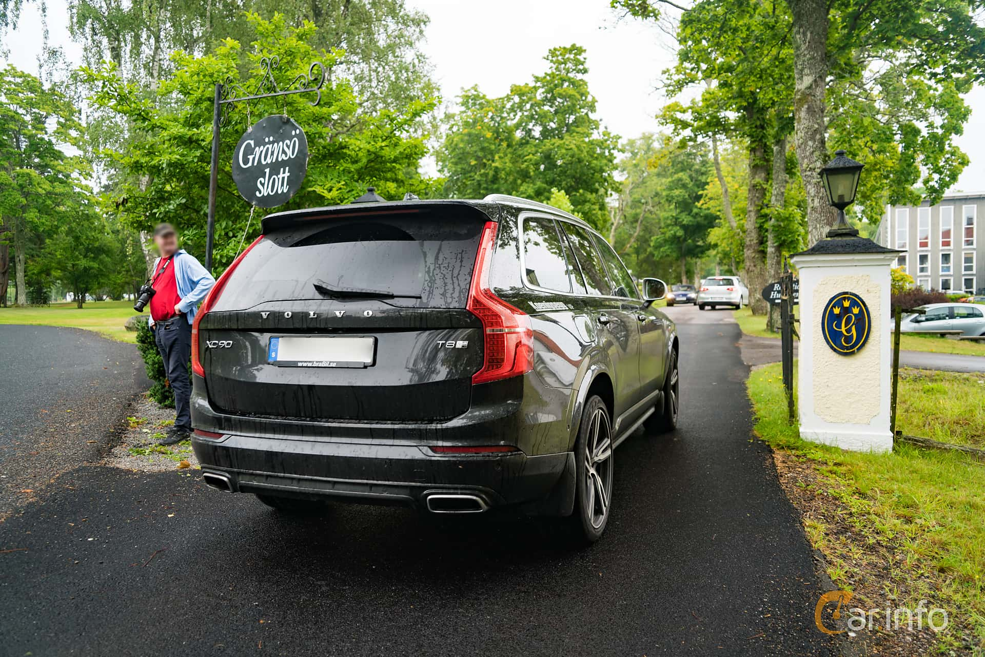 Back/Side of Volvo XC90 T8 AWD Geartronic, 407ps, 2017 at Sportbilsdagen i Västervik 2016