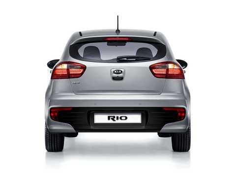 Back of Kia Rio 5-door 2015