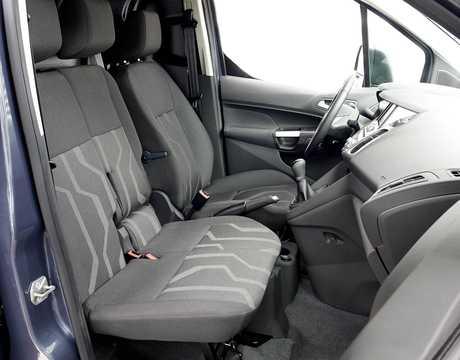 Interiör av Ford Transit Connect SWB 2013