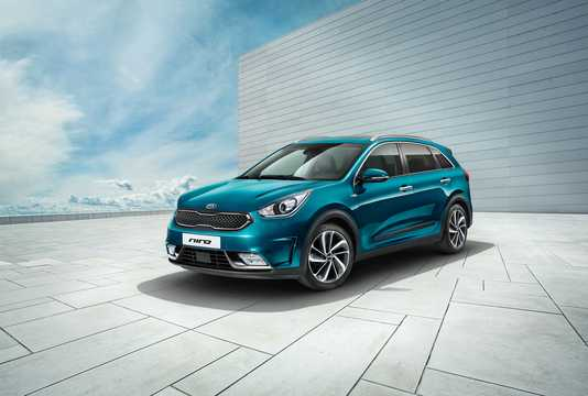 Front/Side  of Kia Niro 1.6 GDi DCT, 141hp, 2017