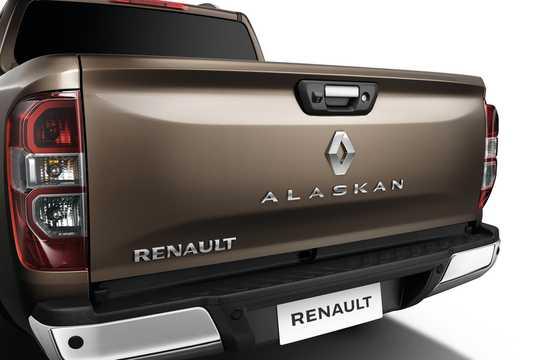 Close-up of Renault Alaskan 2017