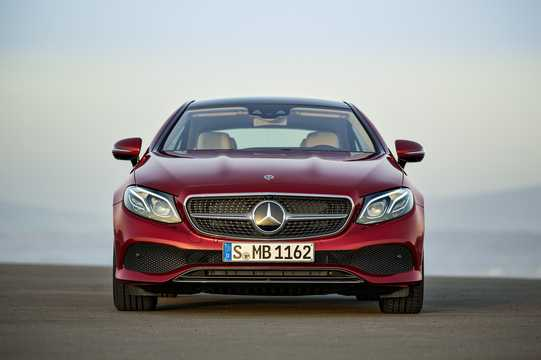 Fram av Mercedes-Benz E-Klass Coupé 2018