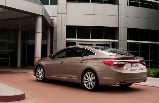 Back/Side of Hyundai Grandeur 2012