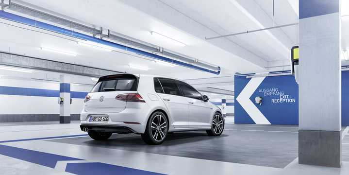 Bak/Sida av Volkswagen Golf GTE 1.4 TSI DSG Sekventiell, 204hk, 2017