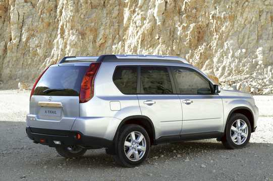 Back/Side of Nissan X-Trail 2.0 dCi 4x4 Automatic, 150hp, 2007