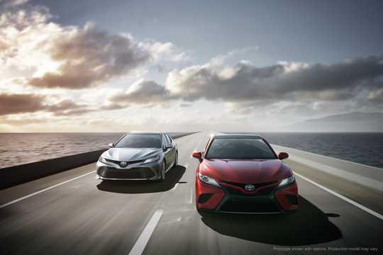 Fram/Sida av Toyota Camry generation XV60