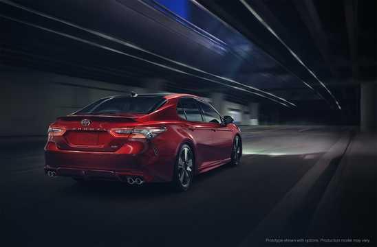 Bak/Sida av Toyota Camry generation XV60