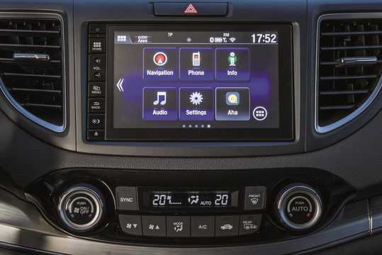 Interior of Honda CR-V 1.6 i-DTEC Manual, 6-speed, 120hp, 88kW, 2015