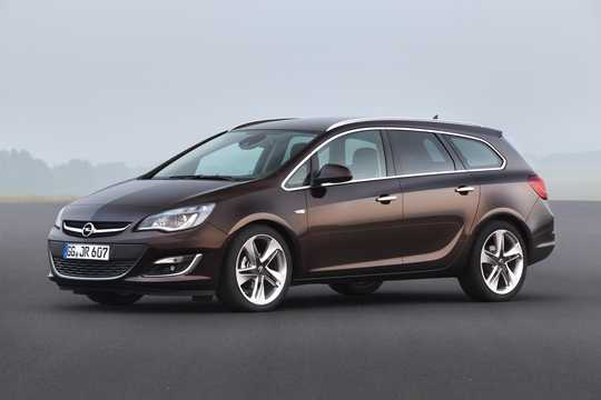 Front/Side  of Opel Astra Sports Tourer 2013
