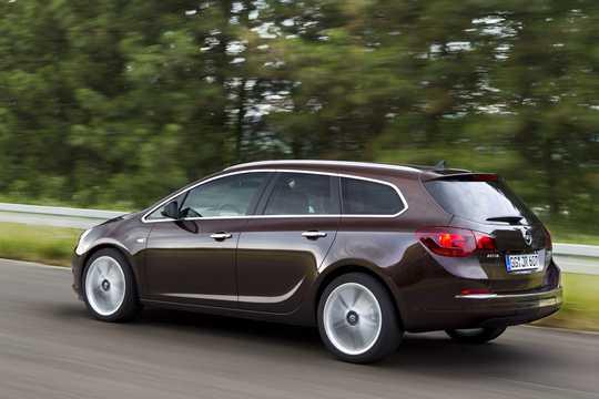 Back/Side of Opel Astra Sports Tourer 2013