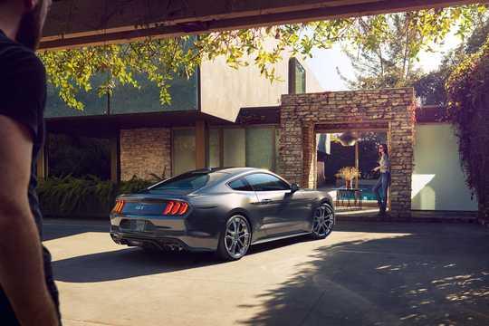 Bak/Sida av Ford Mustang GT 5.0 V8 Manuell, 459hk, 2018