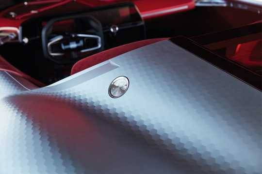 Close-up of Renault Trezor Electric Concept, 353hp, 2016