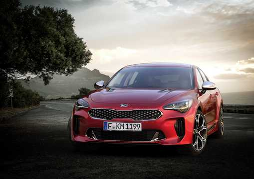 Front/Side  of Kia Stinger GT 2018
