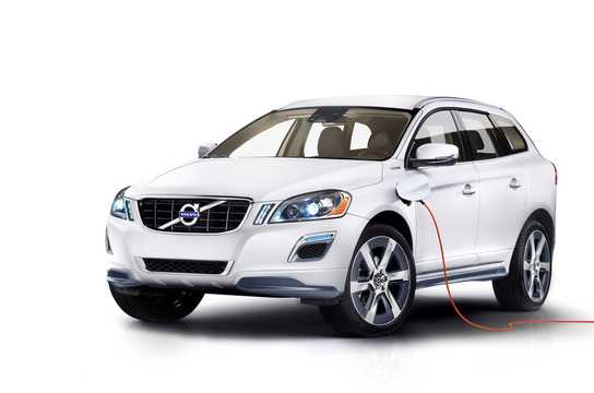 Fram/Sida av Volvo XC-60 Plug-in Hybrid Plug-in Hybrid AWD Automatisk, 355hk, 2012