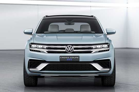 Front  of Volkswagen Cross Coupé GTE 3.6 VR6 + 14.1 kWh 4Motion DSG Sequential, 360hp, 2015